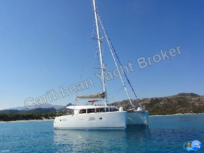 Caribbean Yacht Broker - Lagoon 400 Owner Version
