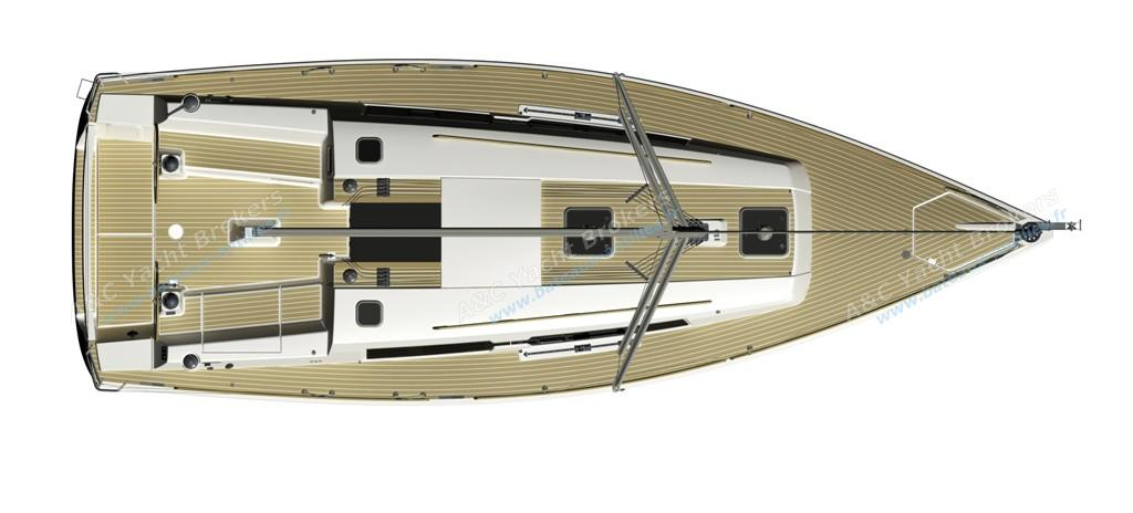 Dufour 335 Grand Large - deck.jpg
